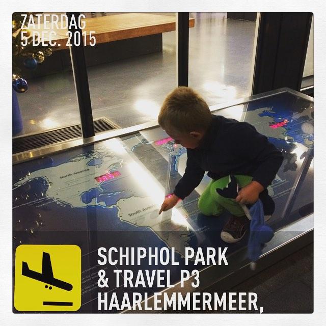 Net terug van #vakantie en Tim zoekt alvast de volgende #bestemming uit #tms #schiphol #parking