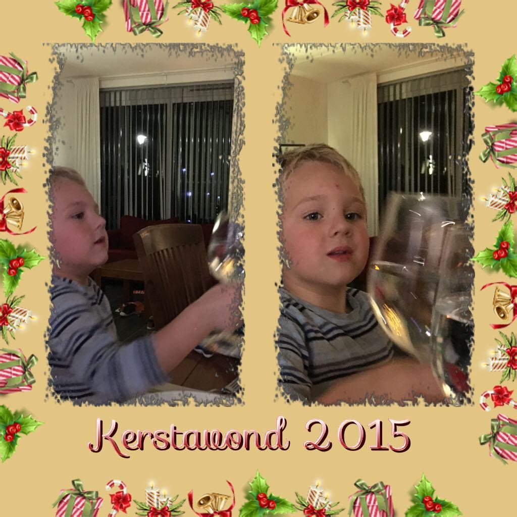 #goedemorgen365 #kerstavond dus water in een #wijnglas #proost #fijnekerstdagen