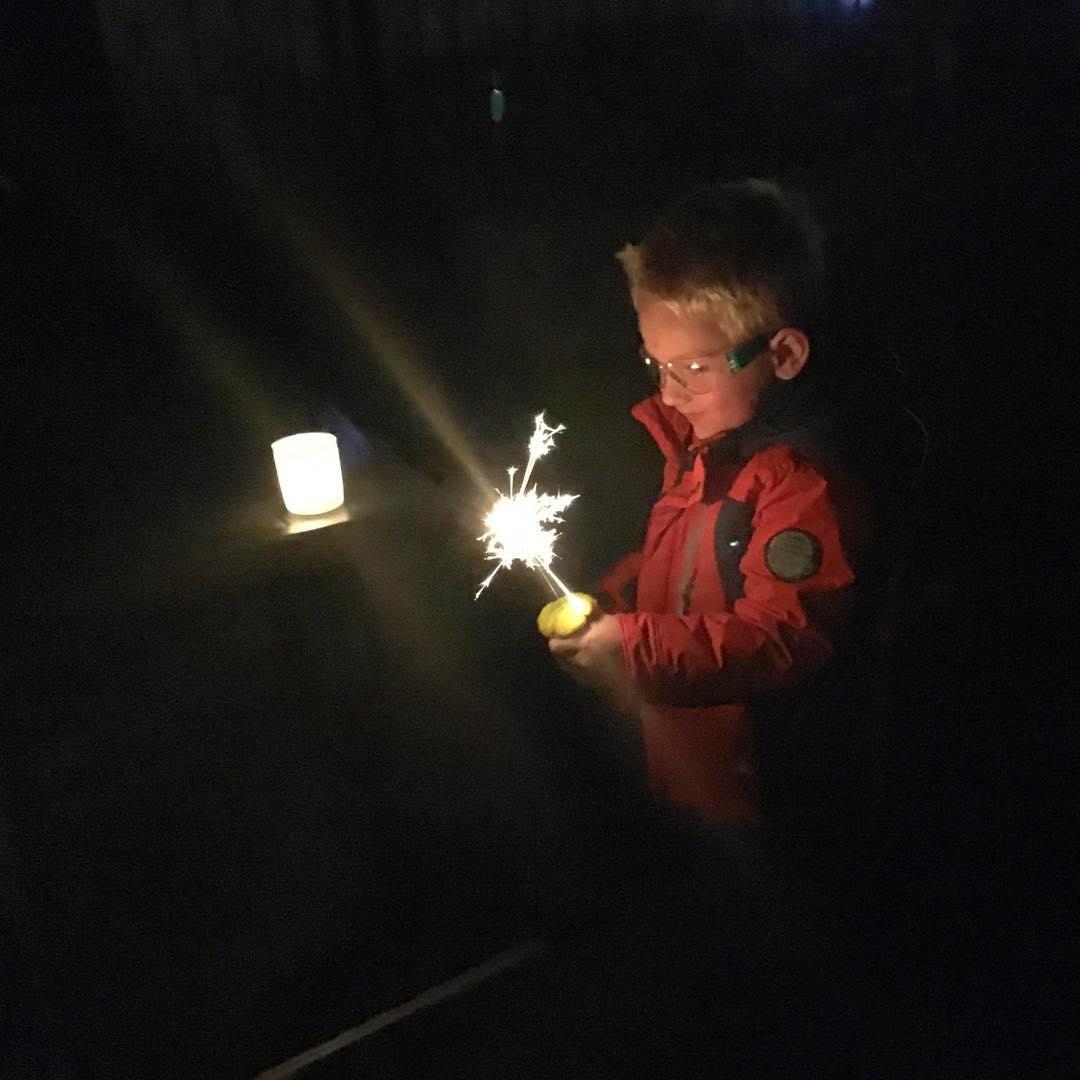 #goedemorgen365 #vuurwerk #sterretjes #nieuwjaarsdag #gelukkignieuwjaar #oudennieuw #2016