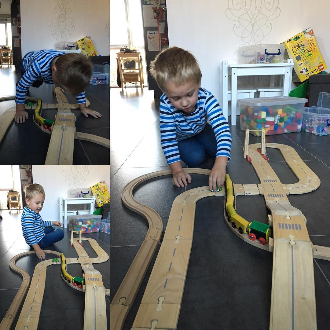 #goedemorgen365 weer ander #speelgoed gehaald bij de #spelotheek #spoor en #autoweg #houtenspeelgoed
