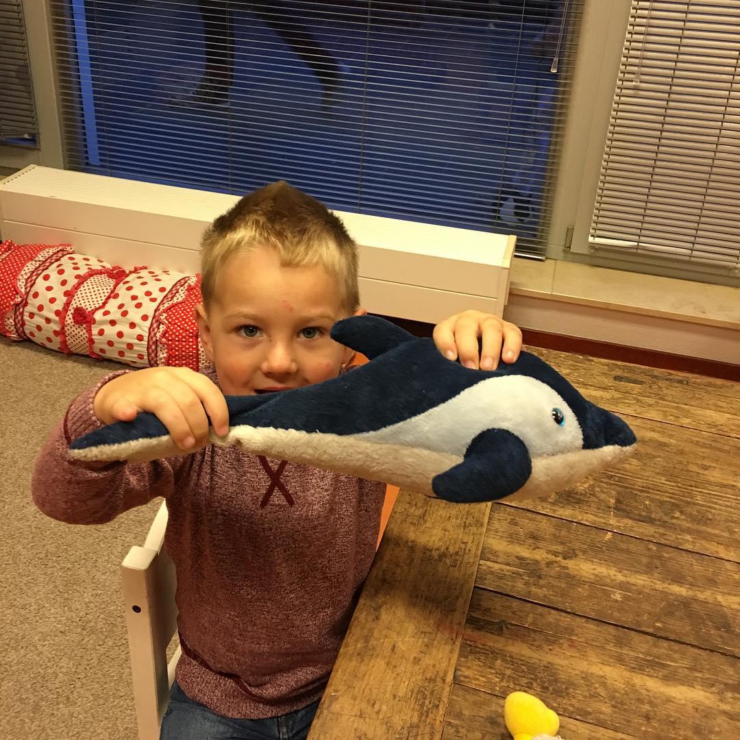 #goedemorgen365 gelukkig heeft #dolfijn ook lekker #geslapen op #school #oepsvergeten #dommemama