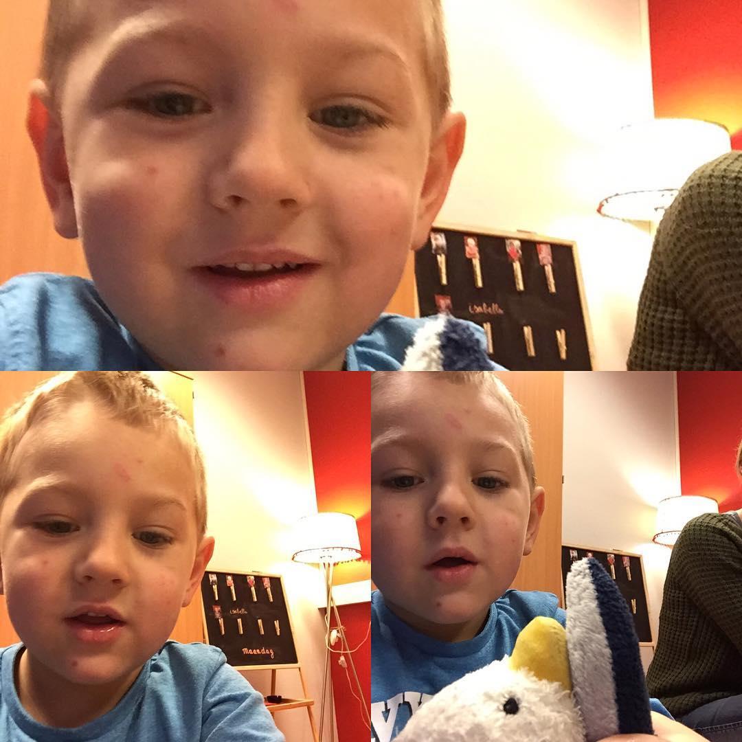 #goedemorgen365 even een paar selfies maken op school en papa was de deur nog niet uit of er werd een werkje uit de kast gehaald