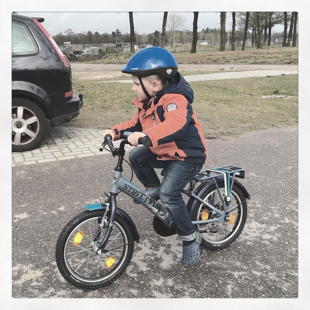 #goedemorgen365 op zijn eigen #fiets mee naar de #Eglantier gefietst.