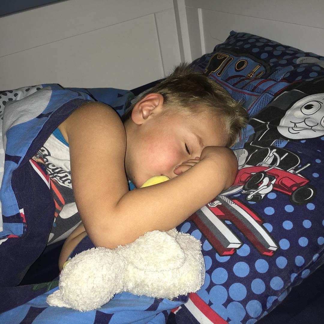 #weltrusten je wordt best #moe van naar #school gaan #kleuter #tms