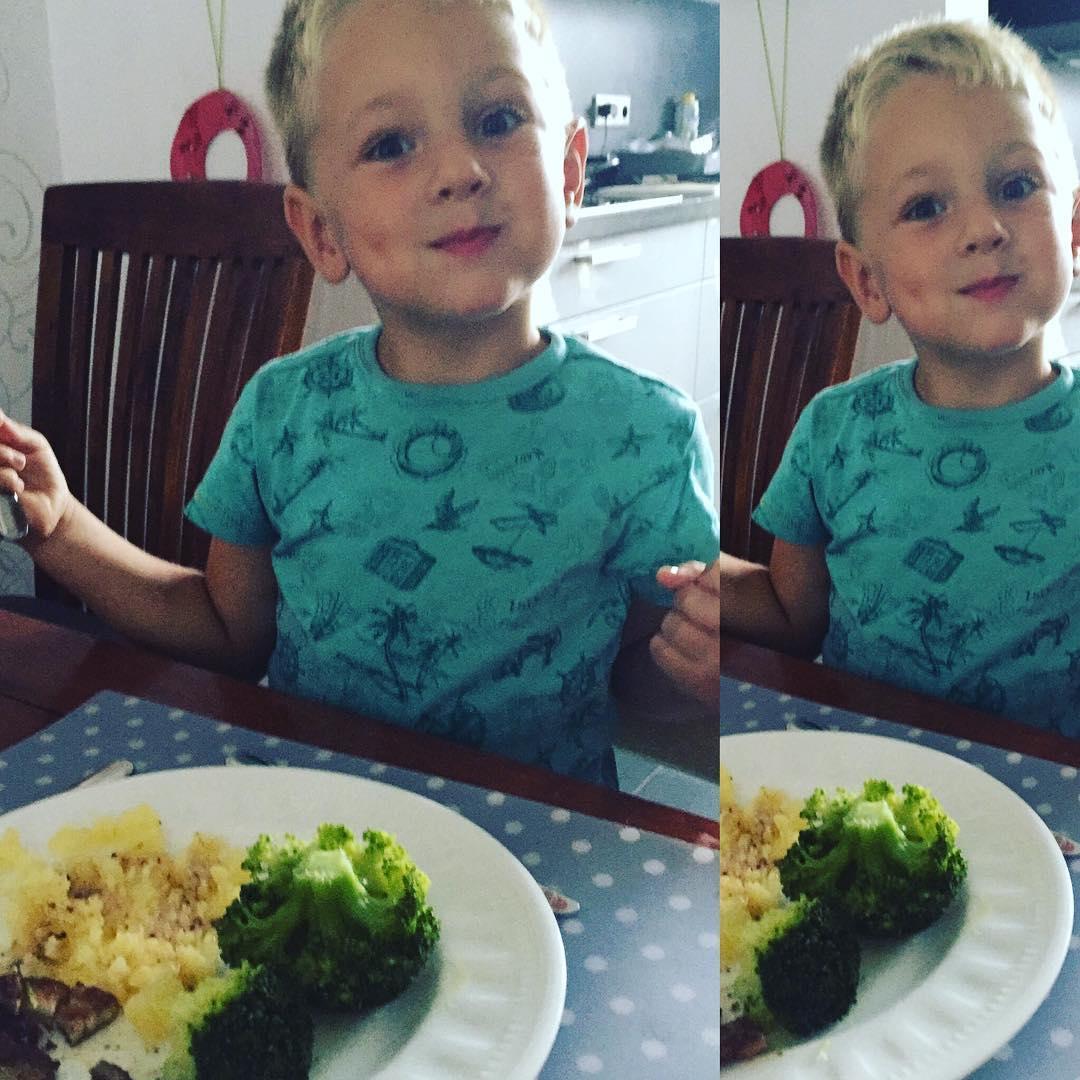 #goedemorgen365 lekker eten #broccoli met #aardappelen en een #speklapje