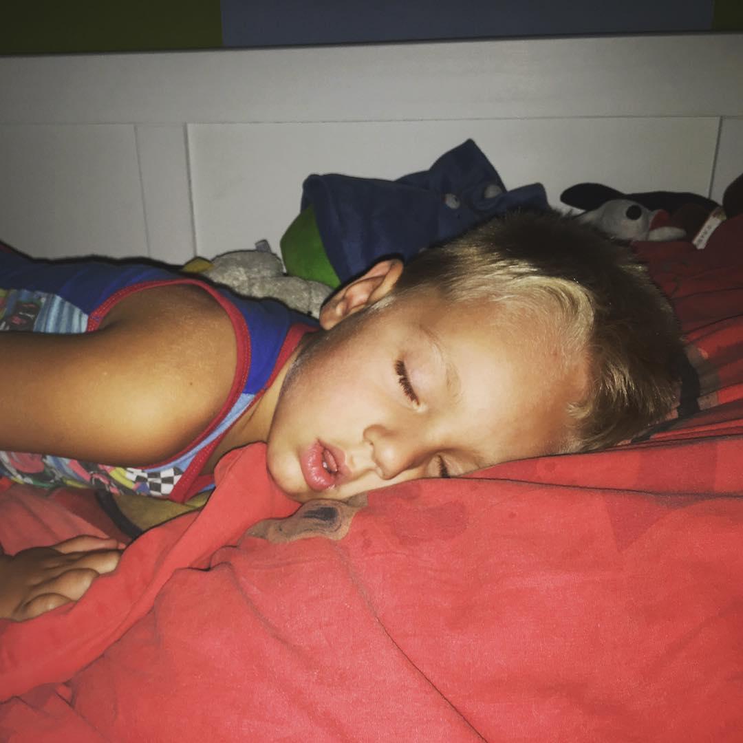 #goedemorgen365 als je heel #moe bent kun je ook heel lekker #slapen #weltrusten