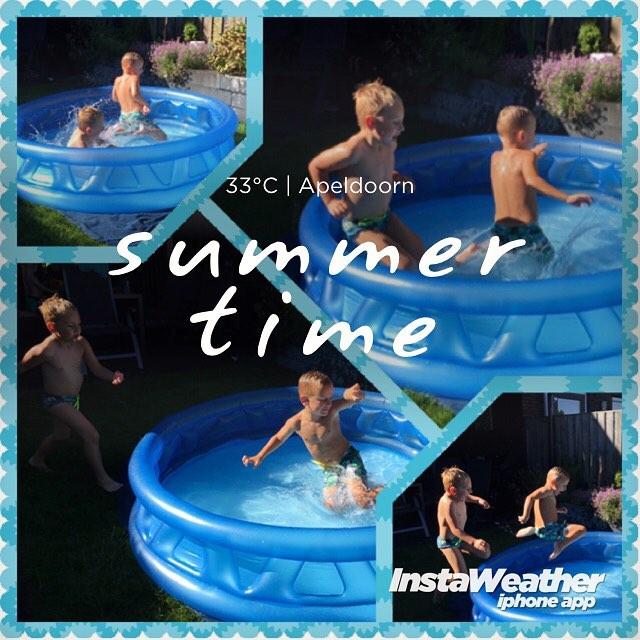 #goedemorgen365 de heten #oefenen met #schoonspringen #synchroonzwemmen #eindelijkzomer