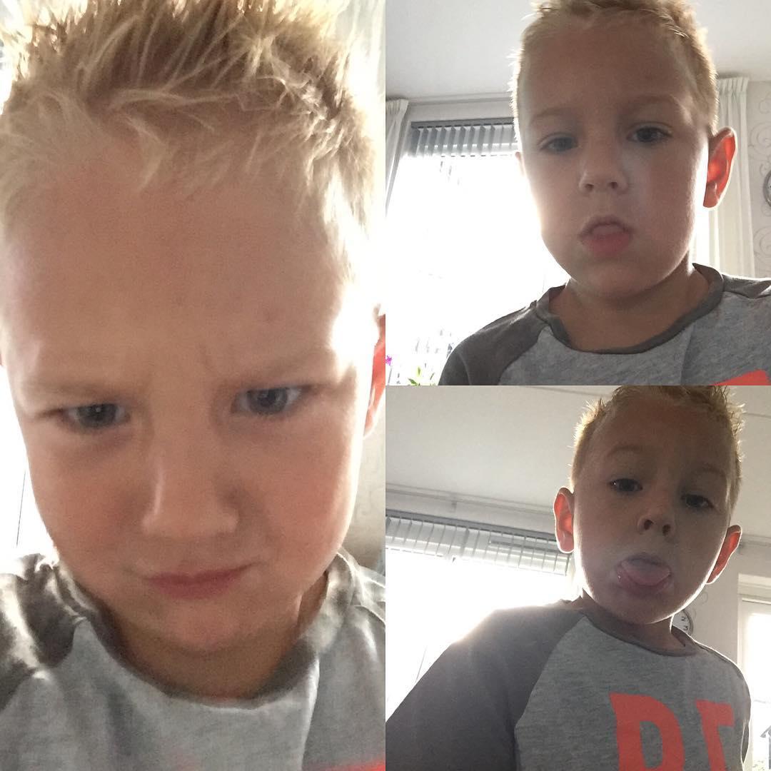 #goedemorgen365 onze boef maakt wat selfies en gaat naar de schoolfotograaf vandaag