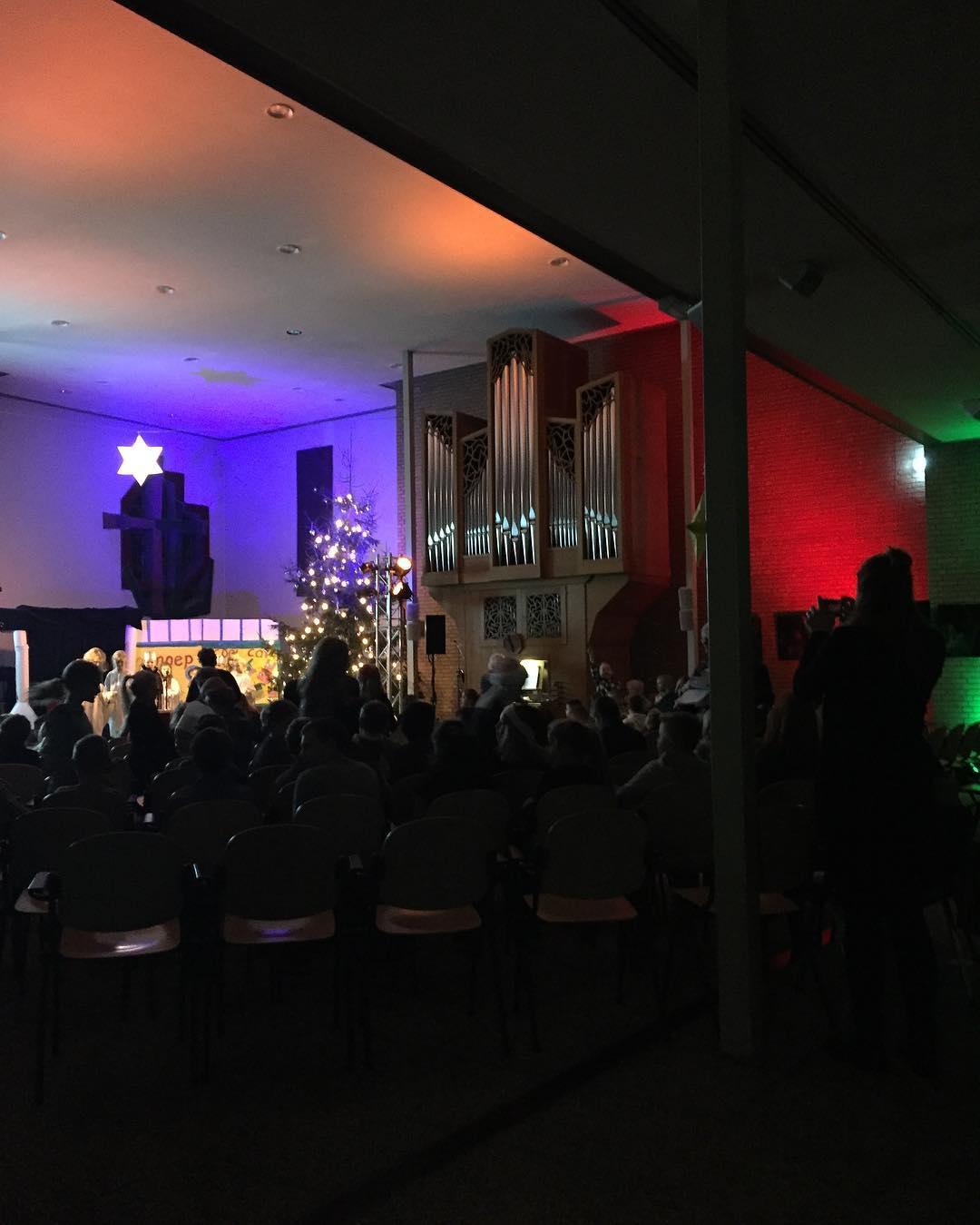 #tms #kerstviering in de kerk #school