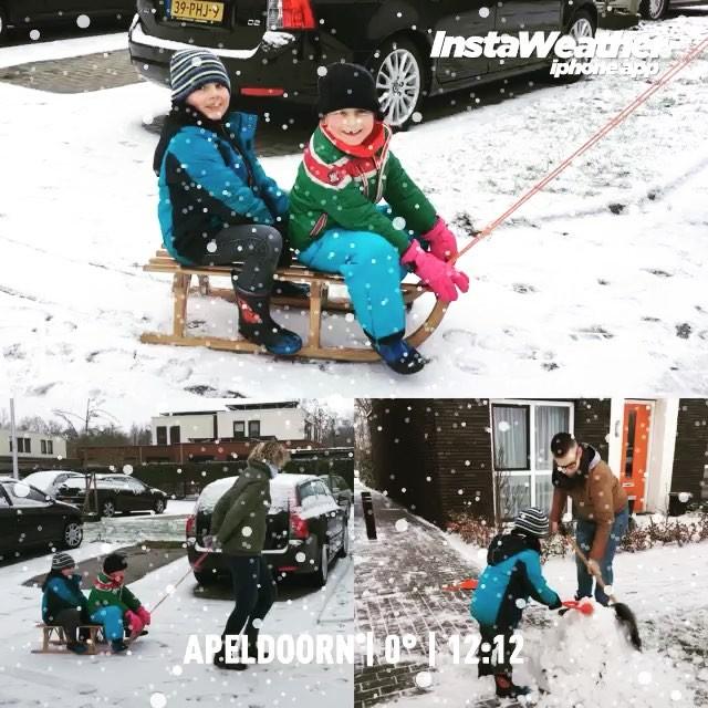 #goedemorgen365 #sneeuwpret met de buren #winter